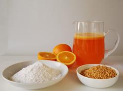 Ingredienti: fecola di patate/amido di riso, succo di frutta, granella di nocciole